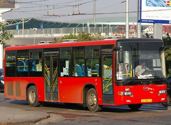 Татарстан, 8 июля, АиФ-Казань.  9-12 июля изменяется схема движения общественного транспорта, следующих по Кировской...